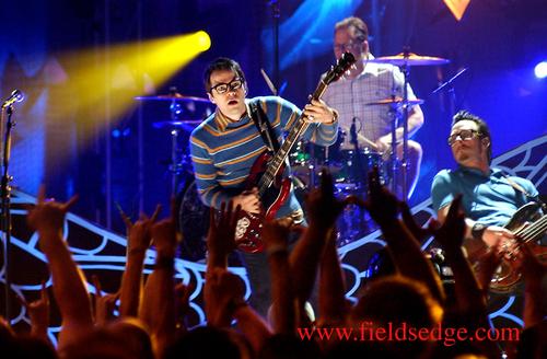Weezer21014